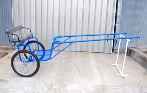 Horse size easy entry cart custom wheels with motorcycle tires